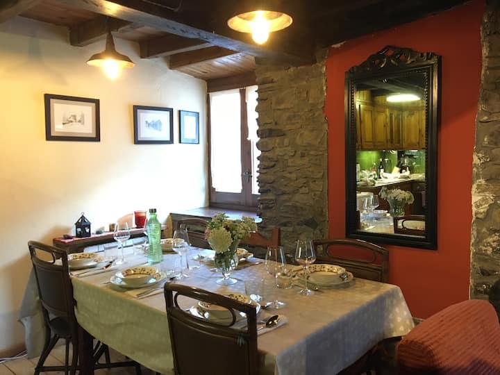 HOMEnFUN Casa Triplex en Vilamos