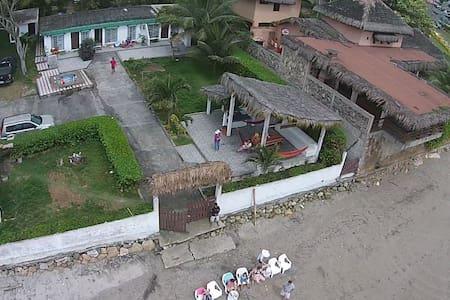Beachfront House 4 Bedroom 3 Bath - Santa Elena - House