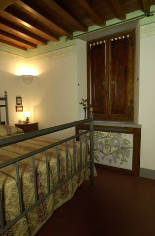 LOCANDA TINTI B&B Double Room 3 - Diacceto - Bed & Breakfast