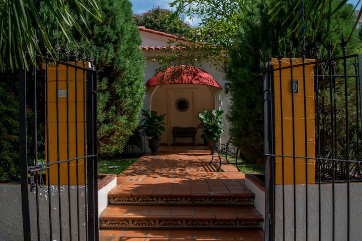 Villa Lynda B & B, Habitacion superior, Gazcue - Santo Domingo - Bed & Breakfast