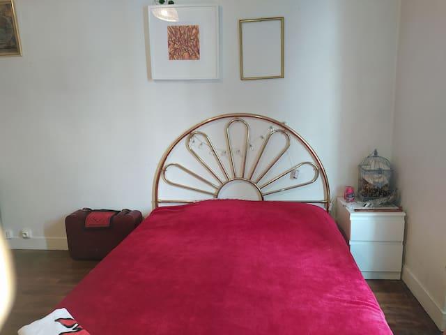 Bedroom near Massy TGV/Orly/Paris