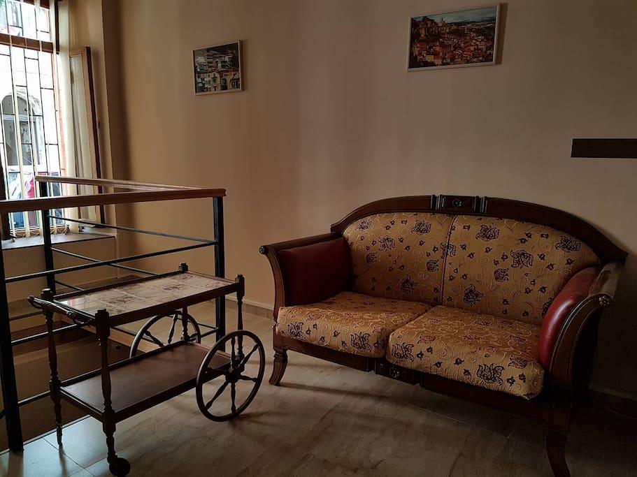 House 4rest maisons louer tbilisi tbilisi g orgie for Canape tbilisi