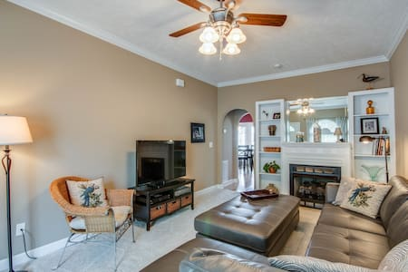 3BR Gated Nashville Townhouse - ナッシュビル