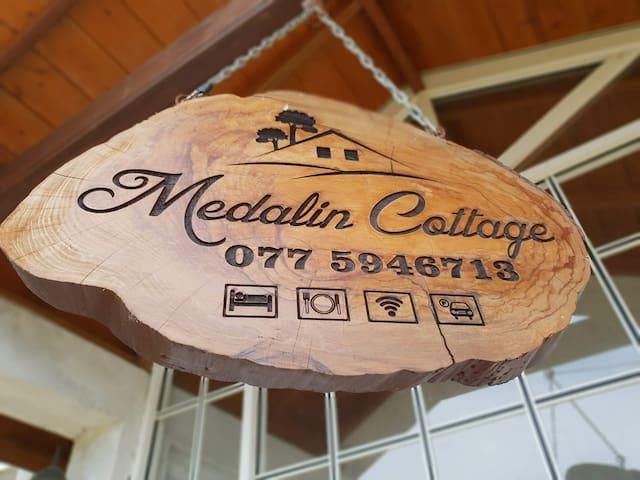 Medalin cottage