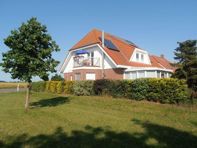 Wohnen nahe der Vogelfluglinie - Oldenburg in Holstein - อพาร์ทเมนท์