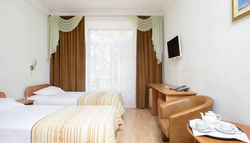 Номер с двумя кроватями в отеле 4*