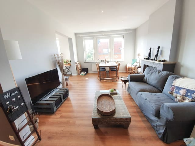 Home-like room in cozy appartment, newly renovated