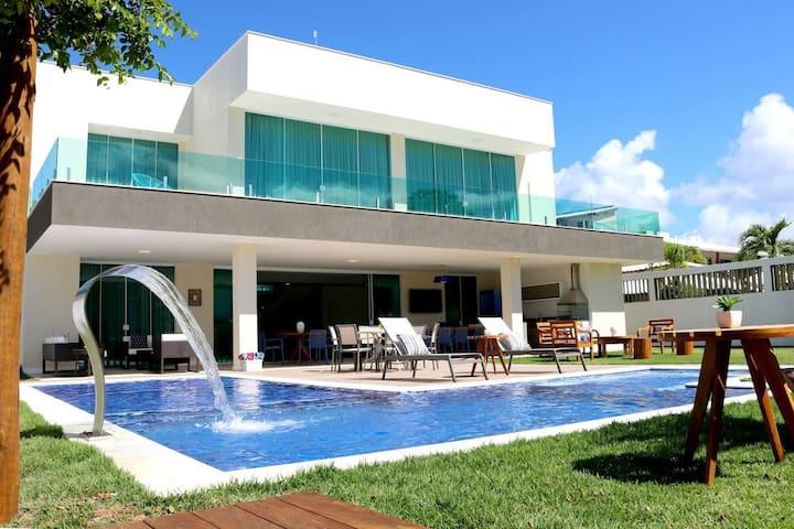 Linda casa em Guarajuba