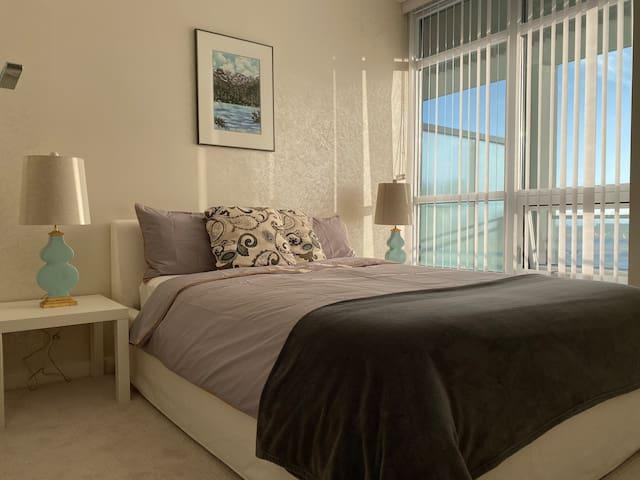 Luxury brand new apartment