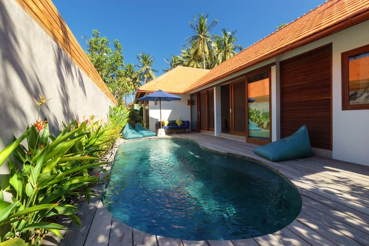 Villa Karinya - Beautiful 2 bed villa w/ pool Kuta