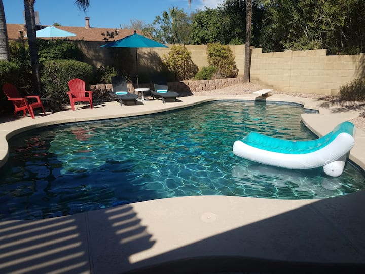 N. Scottsdale Home with pool, 3 BDR/2 BTH, Perfect