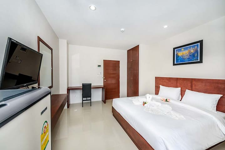 Clean and fresh room in Phuket town - 普吉島 - 公寓
