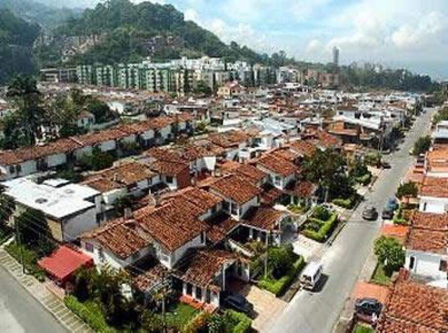 Foto Aerea Barrio Los Pinos