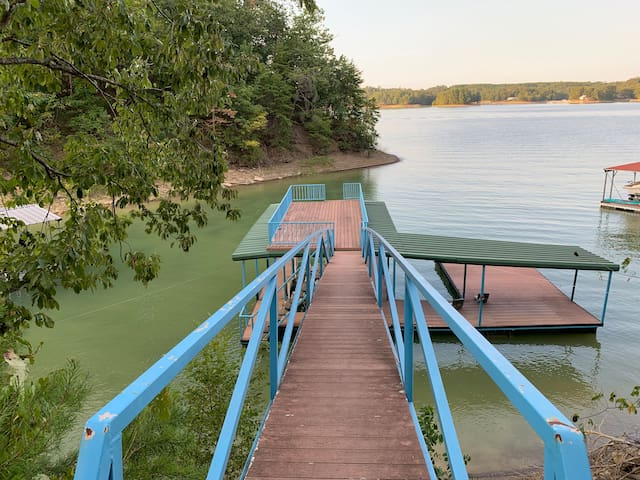⭐Smith Lake Cullman Cove⭐ BREMENAL⭐BOAT LIFT DK!⭐