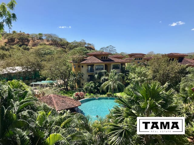 THE OAKS Luxury Condo Tamarindo  Conchal  Flamingo