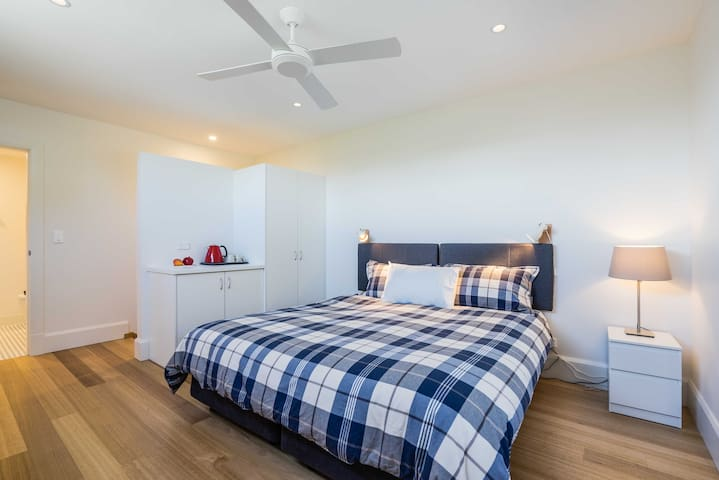 Holds2-Delightful private suite near Carriageworks - Newtown - Hus