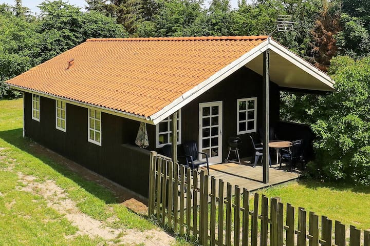 Stylish Holiday Home in Hals near Sea