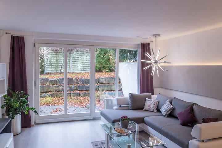 NEU- Modernes Apartement in Rosenfeld mit Terrasse