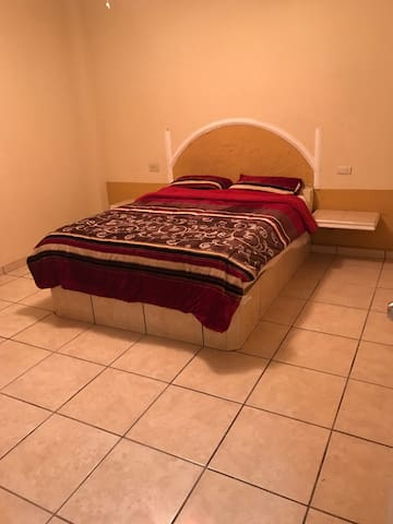 Comfortable place/ shopping centers - Tepic - Appartement