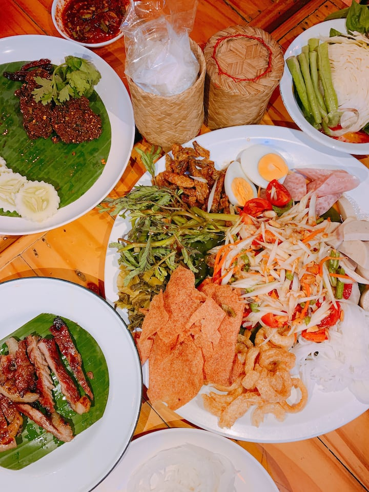 Papaya salad , BBQ chicken&pork after session