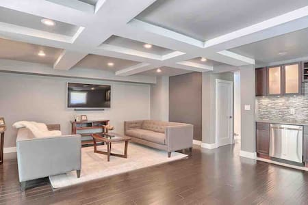 Modern on Monterey, Spacious and Updated.