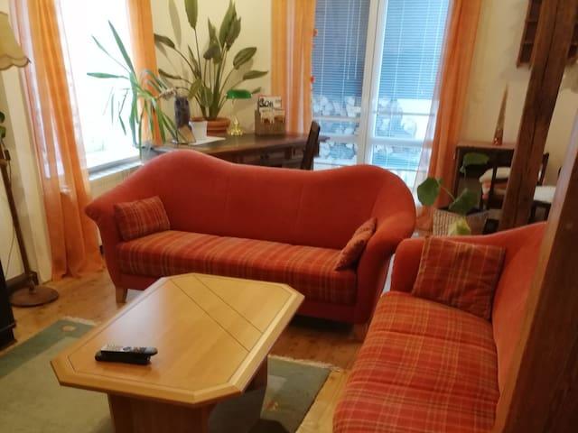 Ferienhaus Geyer (Bad Berka) - LOH07496, großes Ferienhaus mit 4 Räumen 160 m² bis 5 Personen, 3 Schlafräume