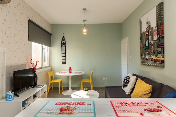 Design Flat In Larnaca Close to #Finikoudes Beach