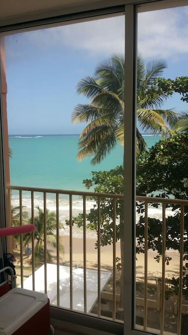 Front north beach/ ocean view!!!!!!! Condo right on the beach!! Can hear ocean waves clearly!!!