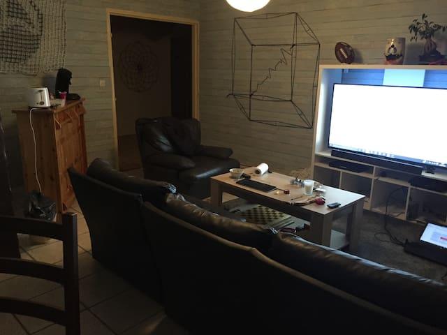 appartement avec beaucoup d'espace - Saint-Memmie - Daire