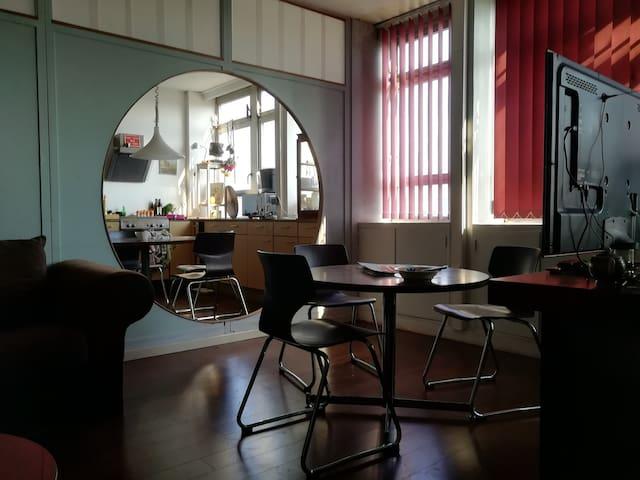 ROOM 410 - ROCKERILL (Chambre 6 places) Charleroi
