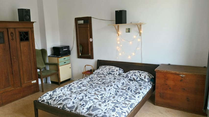 Quiet and cosy room in Berlin-Weissensee
