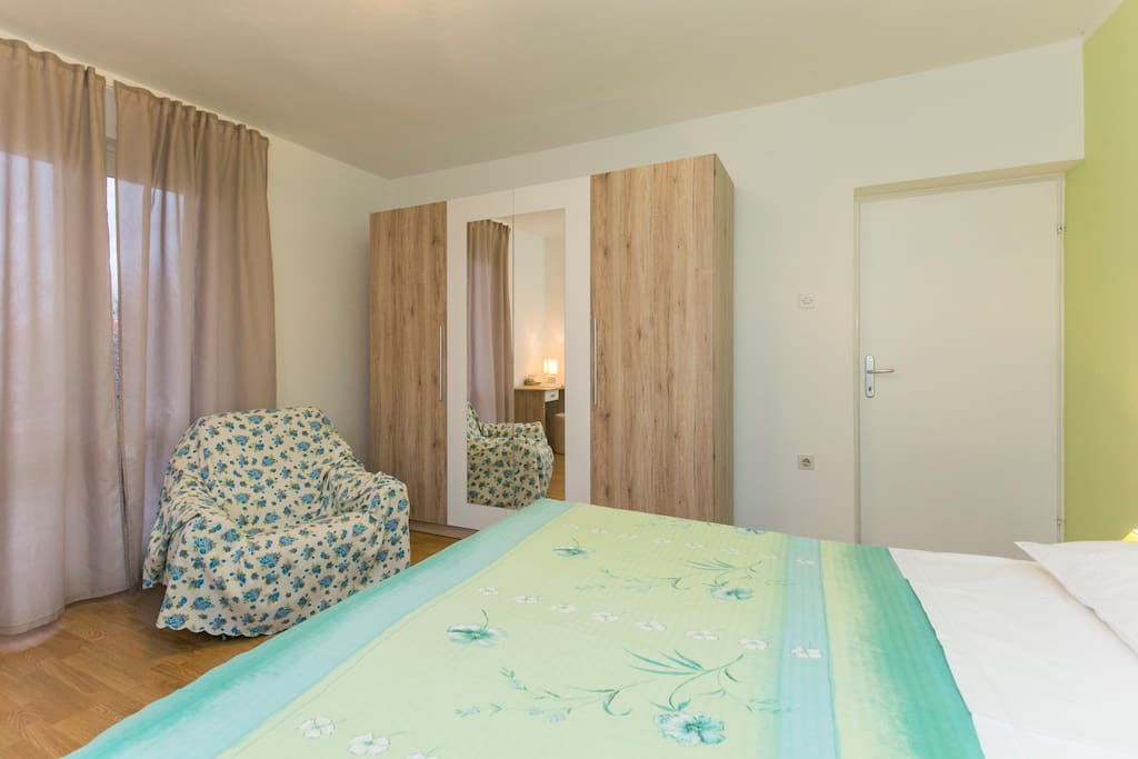 Bedroom 3 with private balcony