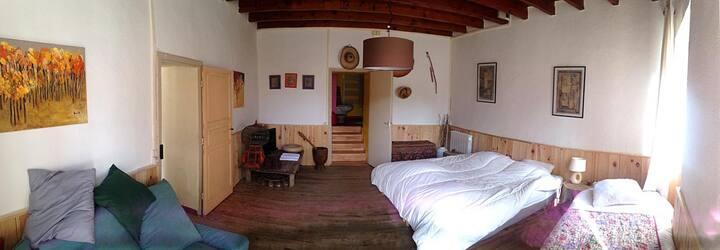 Maison de village sympa et calme à 6 km d'Agen