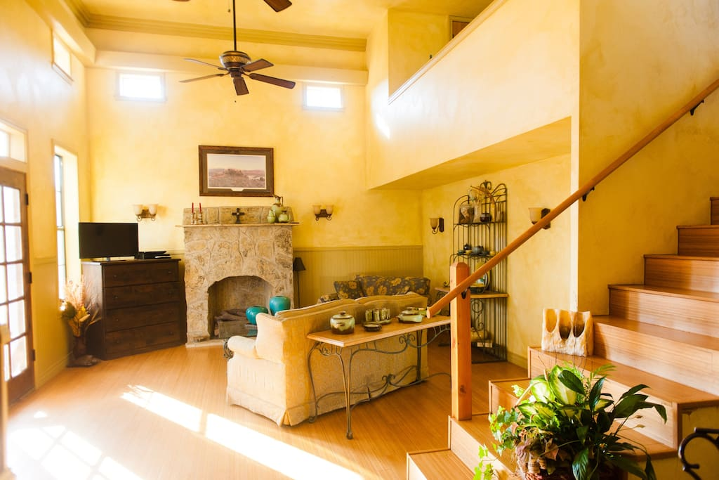 Living room furnished with Tv,, DVD, Wi-Fi, Fireplace.
