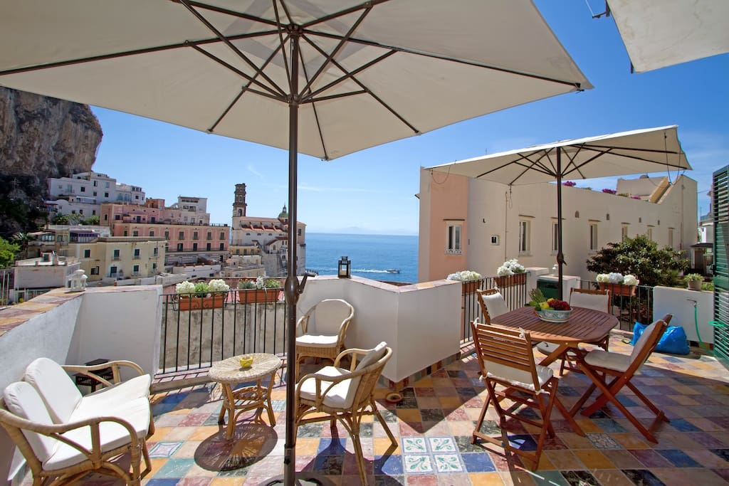 The stunning coloured furneshed sea view terrace