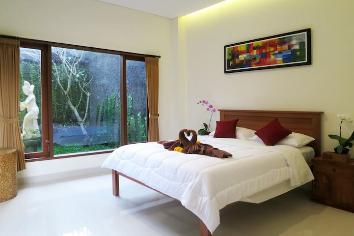 Ubud Room Studio, Sunrise&Jungle View & Affordable