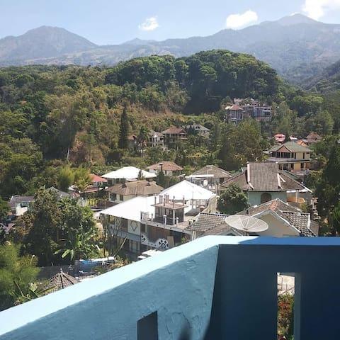 Vila Segi Delapan Hotel Penginapan Tretes Prigen