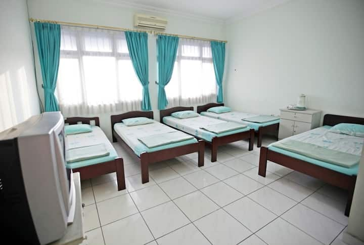 Famili room ( 5 bed )