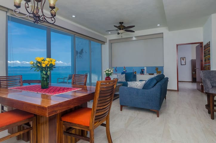 Oceanfront Condo with Spectacular Views