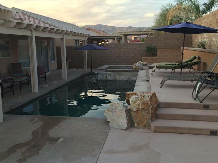 Welcome Private Pool and spa!!