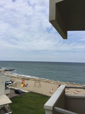 Riviera Romagna - appartamento sul mare - Misano Adriatico - Byt
