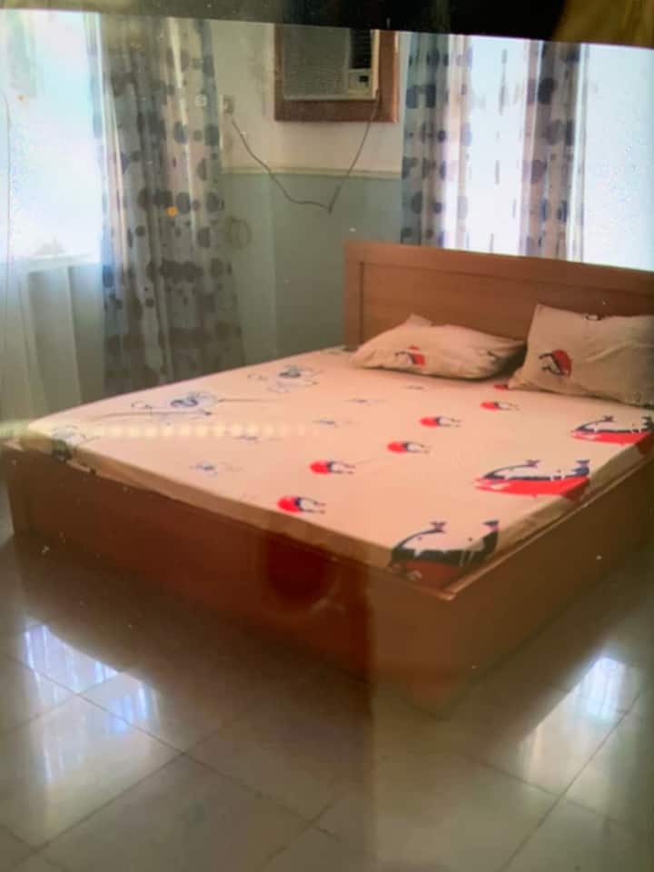 Large Clean Bedroom in a Luxury House in Onitsha