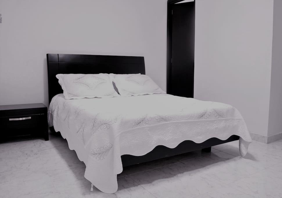 Habitación para persona sola o pareja