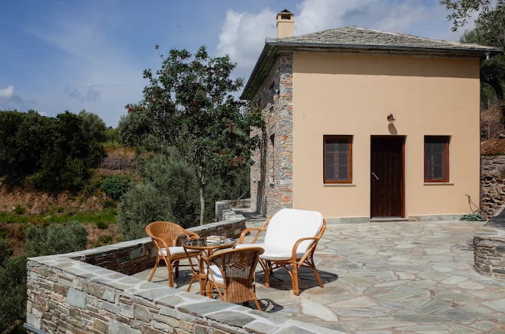 Sea-view cottage near Platanias/South-Pelion