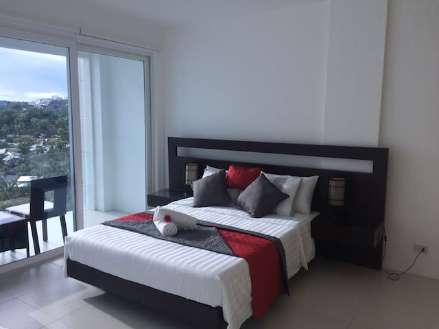 2BR Penthouse Station 1 White Beach - Malay