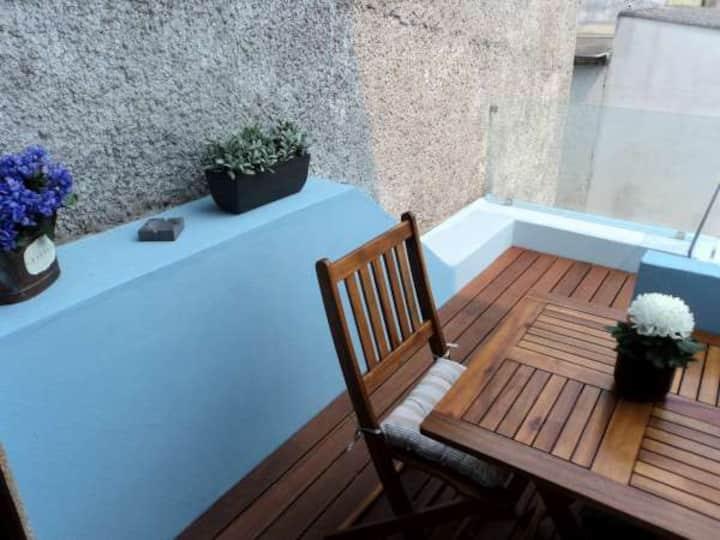 St3-Studio with Balcony (35km from Porto / Aveiro)