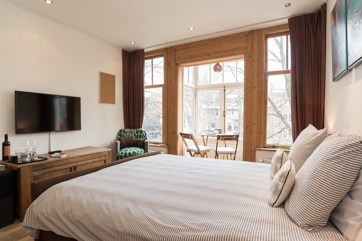 Cosy Prinsengracht Canal view private room - Suite 2