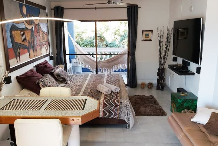 Comfortable apartment on the beach.