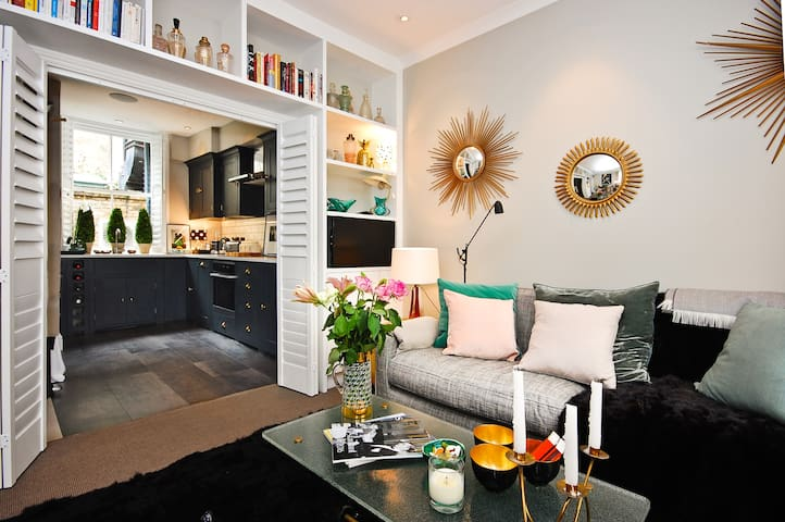 The Charlotte - 2 Bed - London - House