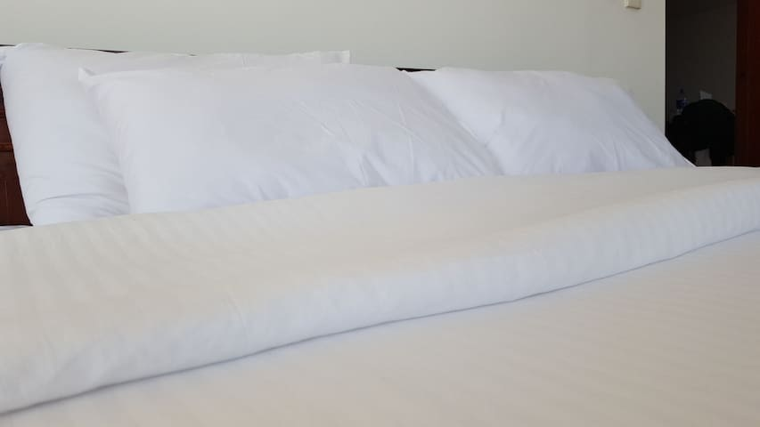 Fresh White Bed Linen on Arrival. ALWAYS! :)
